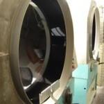 Máquinas centrífugas para elaborar botones industriales.
