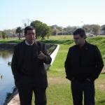 El director de Producción Nacional Alejandro Landoni entrevista al Ing. Leonel Crosignani, director de la división Saneamiento de la IMM.