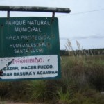 El parque natural de los humedales del Santa Lucía se encuentra en el departamento de Montevideo.