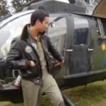 El T/N Marcelo Calace relata orgulloso que este helicóptero construido en Alemania en 1980 es un antiguo cazatanques de la Guerra Fría.