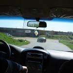 La camioneta de Tevé Ciudad registra a uno de los taxis de la cooperativa mientras transita por el Cerro.