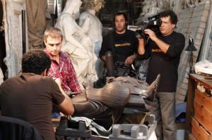 """""""El trabajo de restauración tiene mucho de paciencia y de minucioso"""", afirma Delgado en la entrevista que le está realizando Alejandro Landoni."""