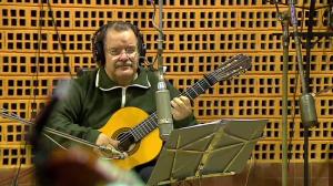 """Carlos Benavides es artista de Sondor desde su primer disco """"Soy del Campo"""" en 1974."""